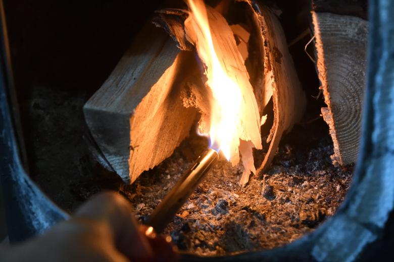 北海道で薪ストーブを焚く