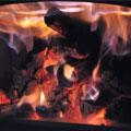 1.乾燥した薪の確保が最優先する